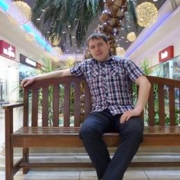 Двадцатилетний парень ищет девушку или женщину для секса без обязательств, в Таганрое.