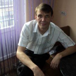 Парень из Таганрог. Ищу опытную девушку для секс разврата
