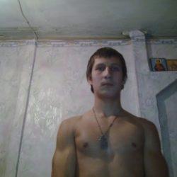 Я парень. Разыскиваю симпатичную и развратнаю девушку для секса в Таганрое